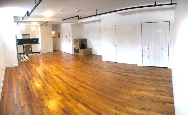 Loft, Red Hook Rental in NYC for $2,300 - Photo 2
