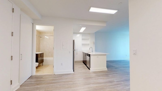 2 Bedrooms, Financial District Rental in NYC for $5,850 - Photo 2