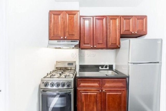 Studio, Hell's Kitchen Rental in NYC for $2,300 - Photo 2