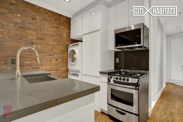 4 Bedrooms, Hell's Kitchen Rental in NYC for $6,300 - Photo 1