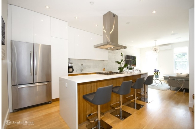 3 Bedrooms, Glendale Rental in NYC for $3,100 - Photo 1