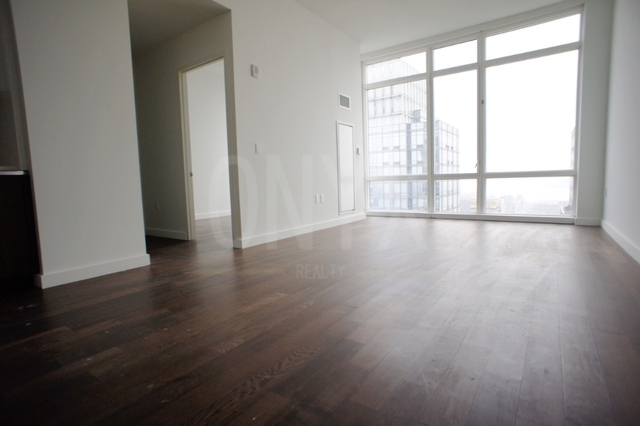 2 Bedrooms, Hell's Kitchen Rental in NYC for $7,245 - Photo 1
