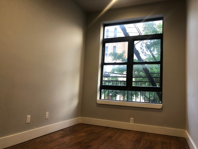 Room, Ridgewood Rental in NYC for $925 - Photo 1