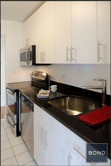 1 Bedroom, Upper East Side Rental in NYC for $7,750 - Photo 2