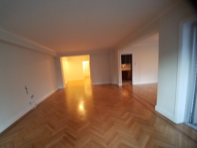 3 Bedrooms, Lenox Hill Rental in NYC for $10,250 - Photo 2