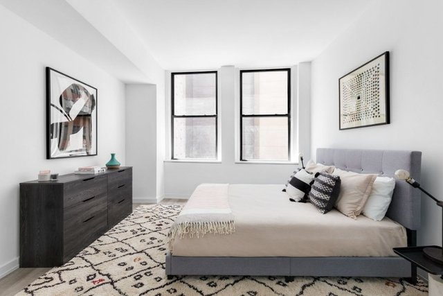 2 Bedrooms, Financial District Rental in NYC for $5,350 - Photo 2