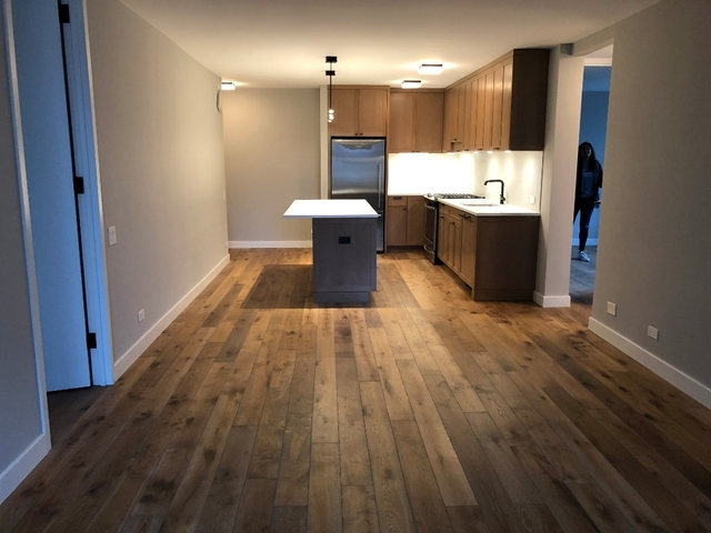 3 Bedrooms, Hell's Kitchen Rental in NYC for $7,280 - Photo 2
