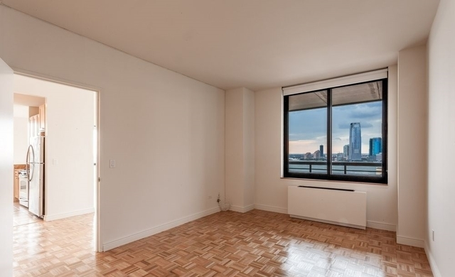 2 Bedrooms, Battery Park City Rental in NYC for $7,300 - Photo 1