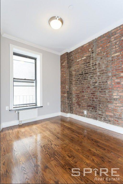 2 Bedrooms, East Village Rental in NYC for $5,038 - Photo 2