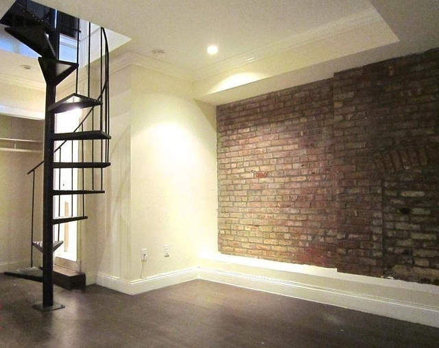 2 Bedrooms, West Village Rental in NYC for $4,121 - Photo 2
