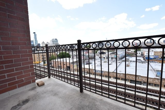 1 Bedroom, Long Island City Rental in NYC for $2,200 - Photo 1