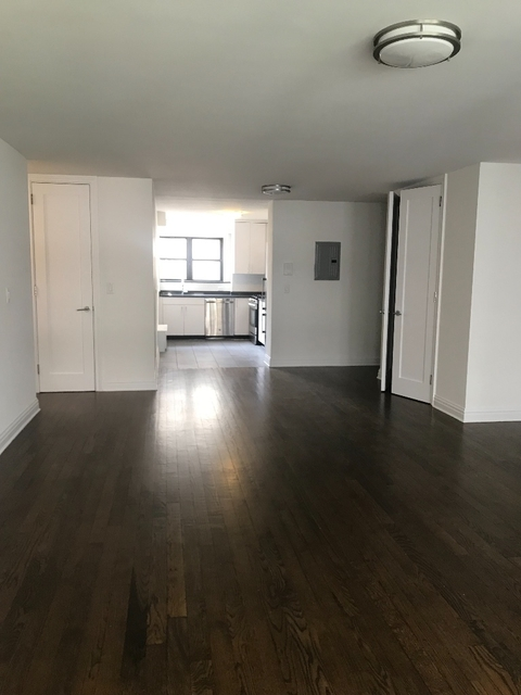 2 Bedrooms, Yorkville Rental in NYC for $5,450 - Photo 2