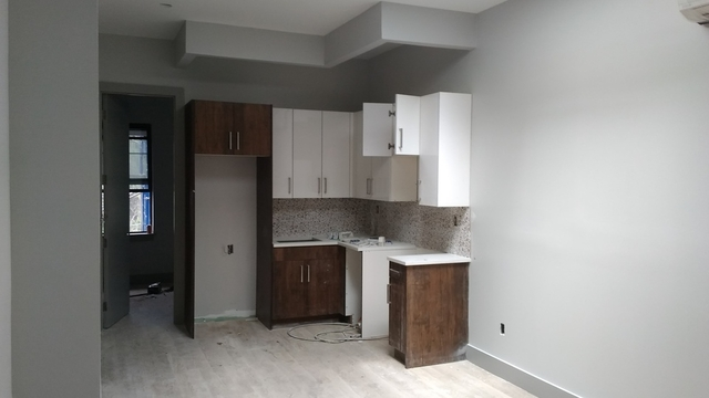 2 Bedrooms, East Williamsburg Rental in NYC for $2,895 - Photo 2