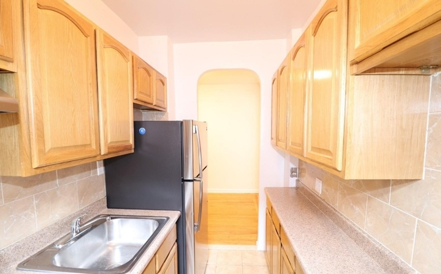 1 Bedroom, Rego Park Rental in NYC for $1,850 - Photo 2