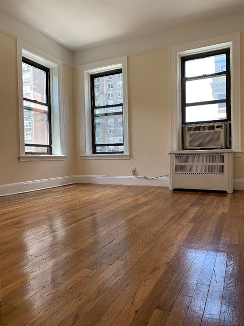 1 Bedroom, Hell's Kitchen Rental in NYC for $2,745 - Photo 1