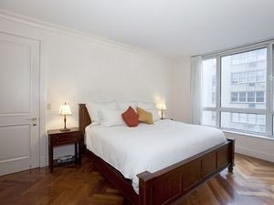 2 Bedrooms, Turtle Bay Rental in NYC for $5,205 - Photo 2