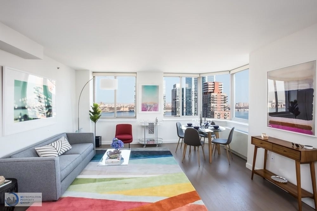 2 Bedrooms, Hell's Kitchen Rental in NYC for $5,724 - Photo 2