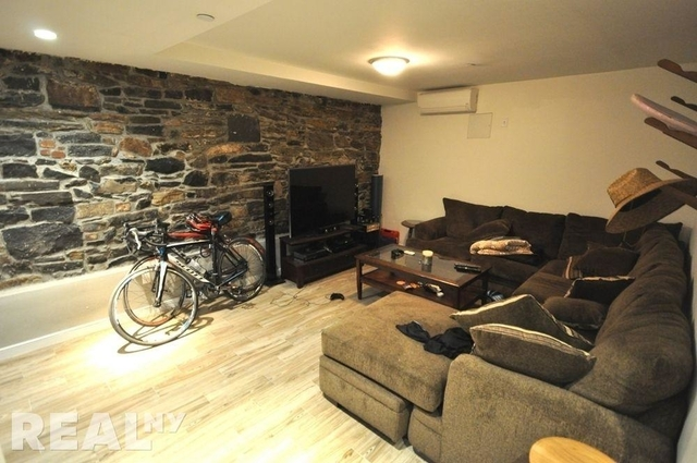 3 Bedrooms, Alphabet City Rental in NYC for $6,250 - Photo 2