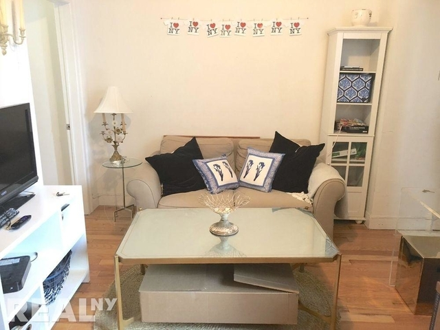 3 Bedrooms, West Village Rental in NYC for $5,400 - Photo 1