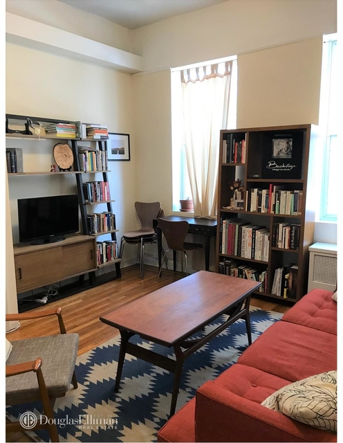 at 1411 Second Avenue - Photo 1