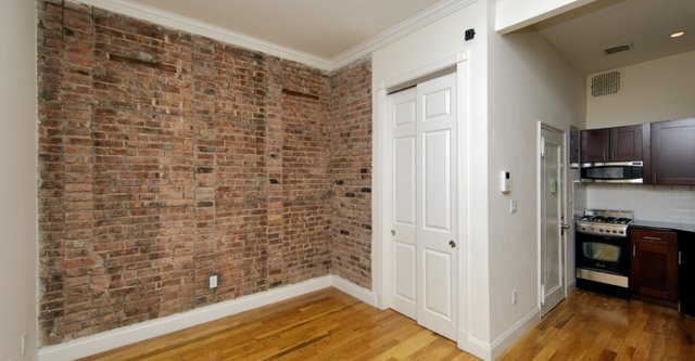 2 Bedrooms, Sutton Place Rental in NYC for $3,896 - Photo 1
