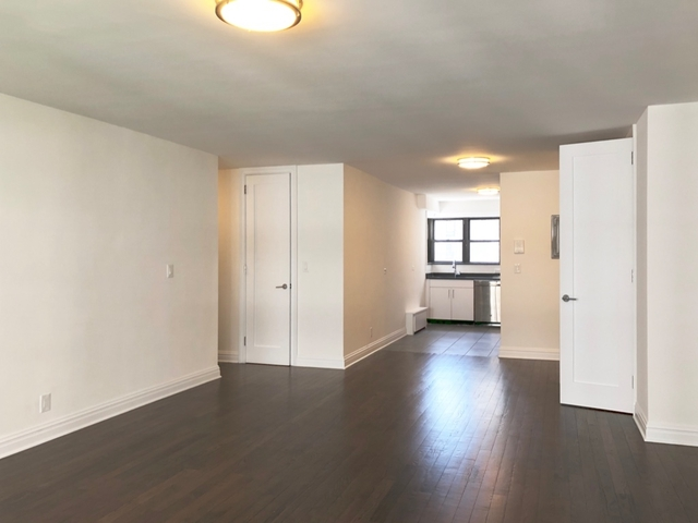 1 Bedroom, Yorkville Rental in NYC for $5,450 - Photo 1