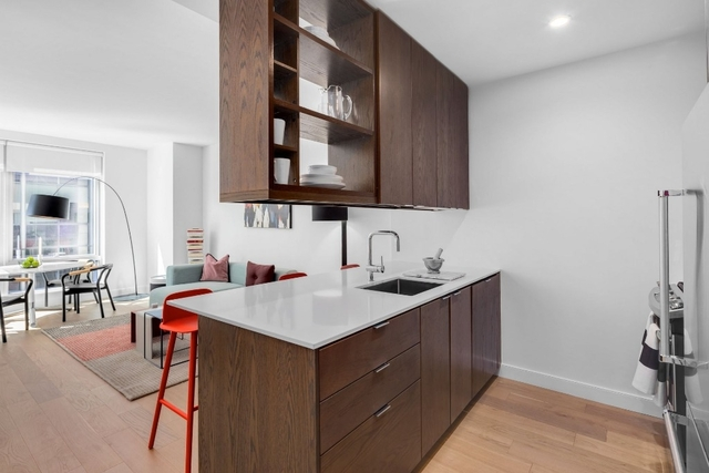 2 Bedrooms, Murray Hill Rental in NYC for $6,879 - Photo 1