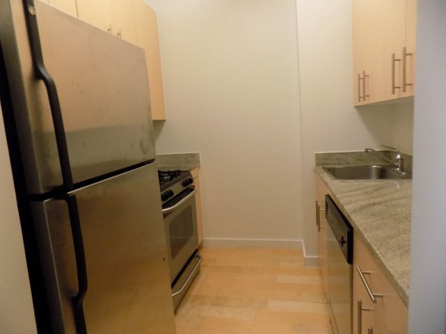 Studio, Financial District Rental in NYC for $2,492 - Photo 2