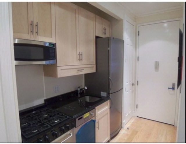 2 Bedrooms, East Village Rental in NYC for $5,495 - Photo 2