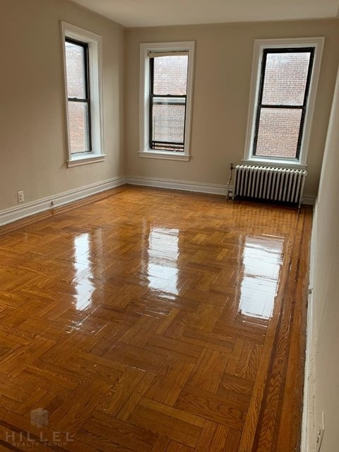 1 Bedroom, Sunnyside Rental in NYC for $2,200 - Photo 2