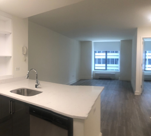 2 Bedrooms, Financial District Rental in NYC for $4,600 - Photo 2
