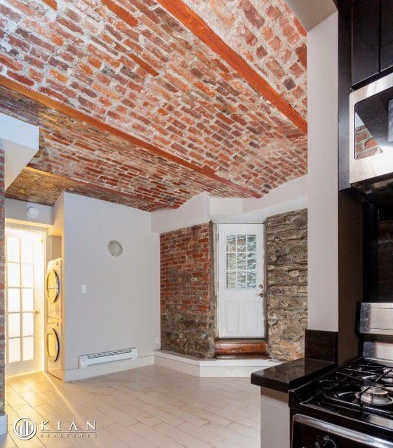 2 Bedrooms, Gramercy Park Rental in NYC for $3,930 - Photo 1