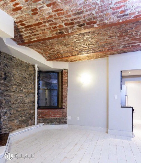 2 Bedrooms, Gramercy Park Rental in NYC for $3,930 - Photo 2