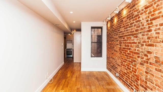 4 Bedrooms, Ridgewood Rental in NYC for $3,600 - Photo 2