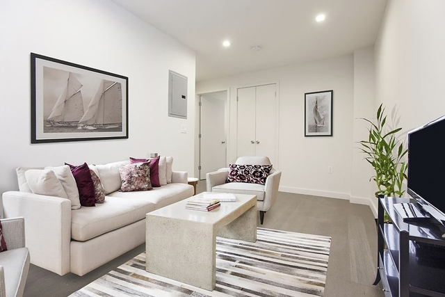 2 Bedrooms, Garment District Rental in NYC for $3,800 - Photo 2