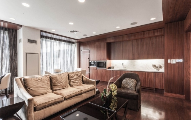 2 Bedrooms, Battery Park City Rental in NYC for $9,120 - Photo 2