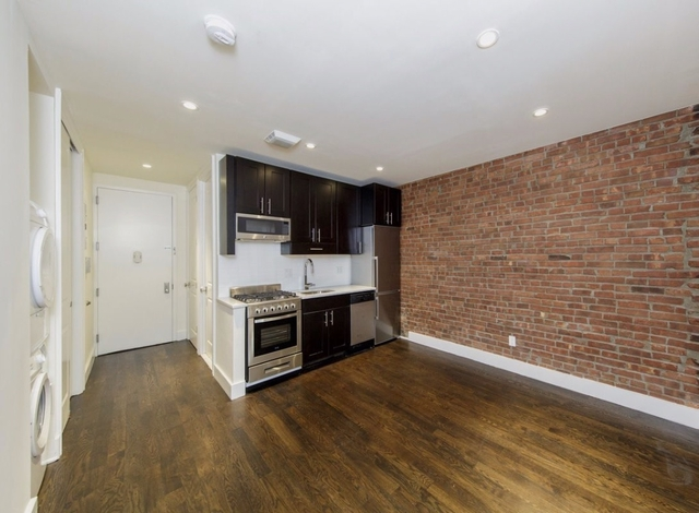 1 Bedroom, Upper East Side Rental in NYC for $2,933 - Photo 2