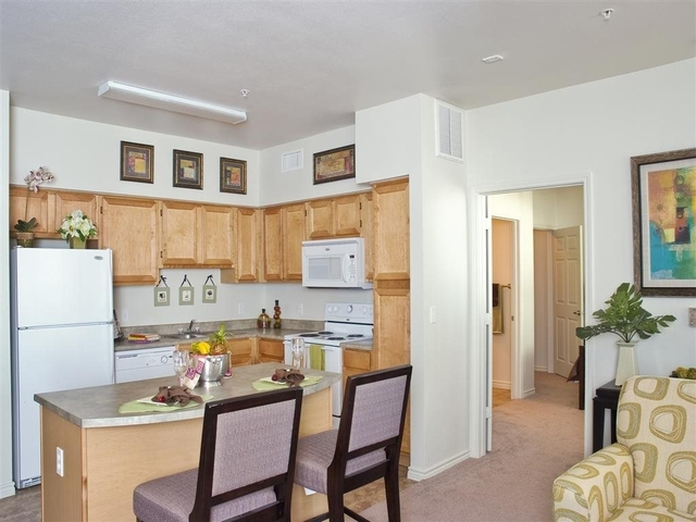 4 Bedrooms, Turtle Bay Rental in NYC for $7,000 - Photo 1