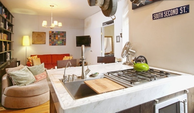 2 Bedrooms, Williamsburg Rental in NYC for $3,199 - Photo 1