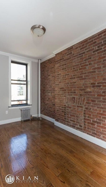 3 Bedrooms, Hell's Kitchen Rental in NYC for $5,100 - Photo 2