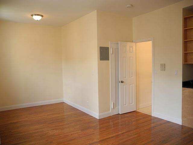 Studio, Rose Hill Rental in NYC for $2,500 - Photo 2