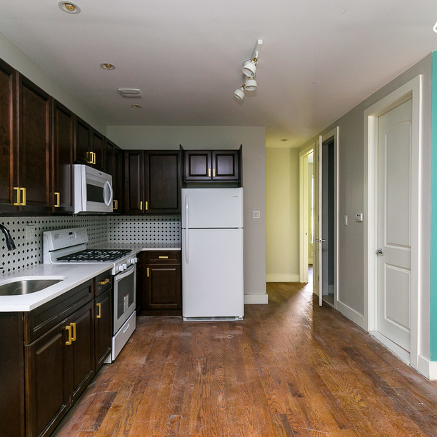 4 Bedrooms, Ocean Hill Rental in NYC for $3,250 - Photo 1