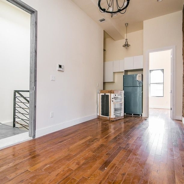 Room, Bushwick Rental in NYC for $917 - Photo 2