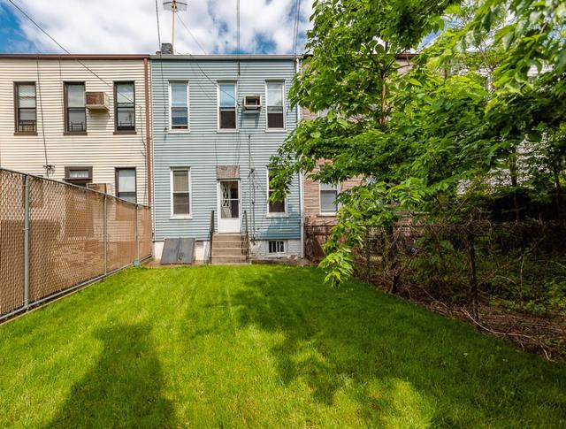 3 Bedrooms, Ridgewood Rental in NYC for $2,899 - Photo 1