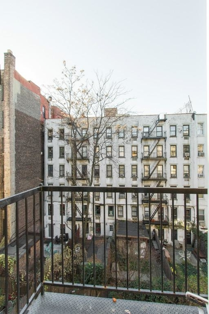 1 Bedroom, East Village Rental in NYC for $2,950 - Photo 2