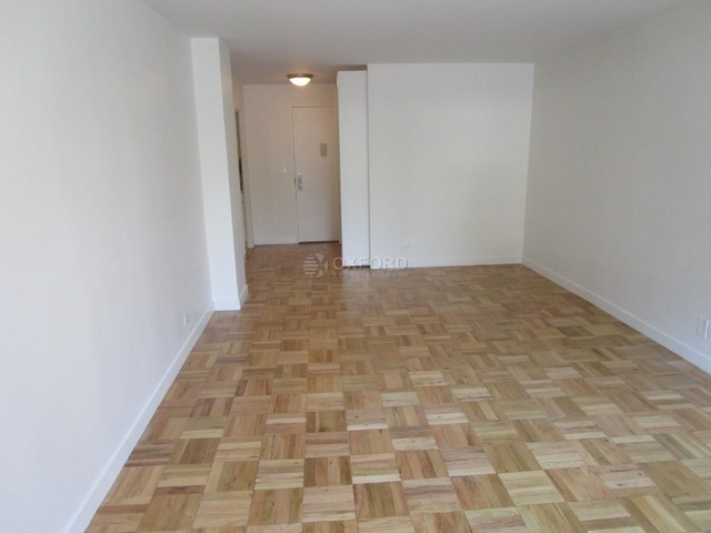 1 Bedroom, Turtle Bay Rental in NYC for $3,700 - Photo 2