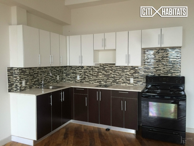 2 Bedrooms, Long Island City Rental in NYC for $3,300 - Photo 1