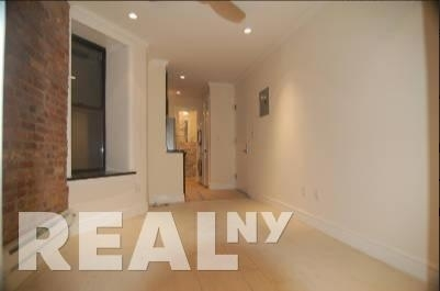 2 Bedrooms, Alphabet City Rental in NYC for $4,095 - Photo 2