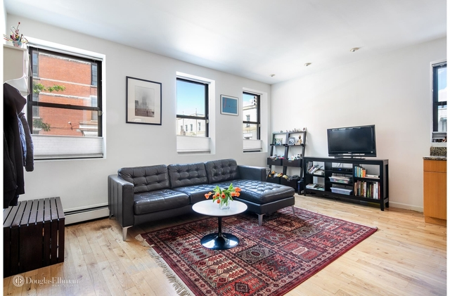 2 Bedrooms, Greenpoint Rental in NYC for $5,500 - Photo 1