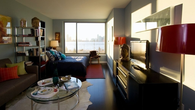2 Bedrooms, Tribeca Rental in NYC for $6,700 - Photo 2